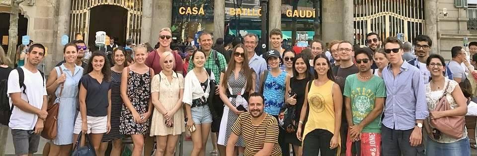 Notre professeur Fabian durant une excursion avec ses étudiants